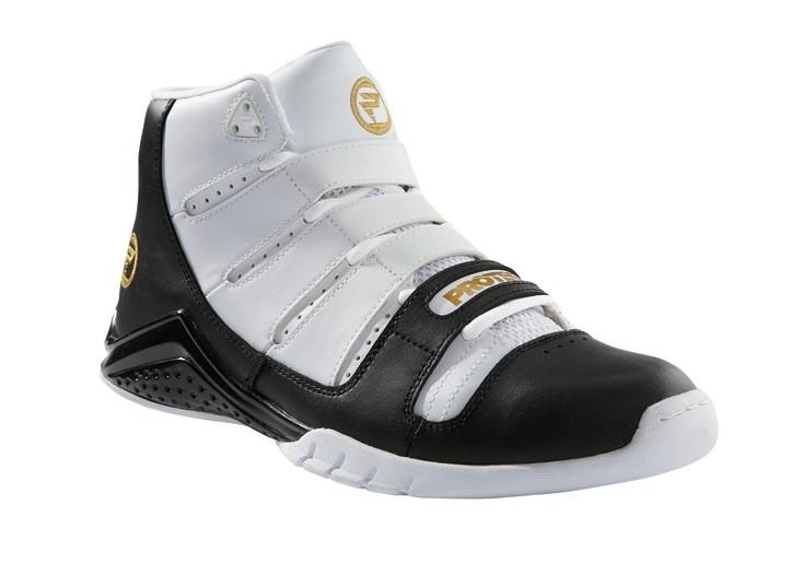 Kmart Revamps Shoe Biz – Footwear News