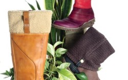 Ankle boot from EL NATURALISTA Beeswaxcoated foldover boot by SIMPLE tall boot with Green Rubber outsole from TIMBERLAND