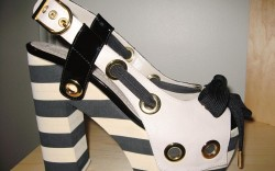 A Sonia Rykiel nautical shoe style