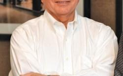 Hal Pennington Chairman President CEO COO Genesco Inc