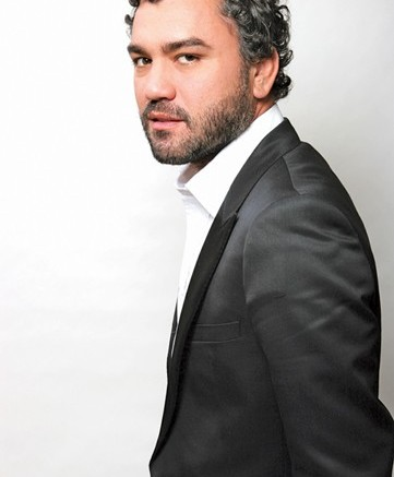 Castillo has designed shoes for Donna Karan and Ralph Lauren had an eponymous label and worked for Sergio Rossi before joining Santoni