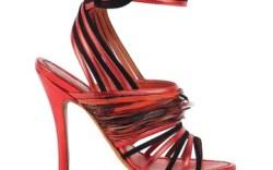Edmundo Castillo is once again in his element designing the Santoni women&#8217s line for spring &#821710