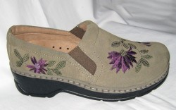 Floral-embroidered slip-on by Klogs