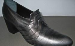 Georgina Goodman&#8217s snakeskin slide
