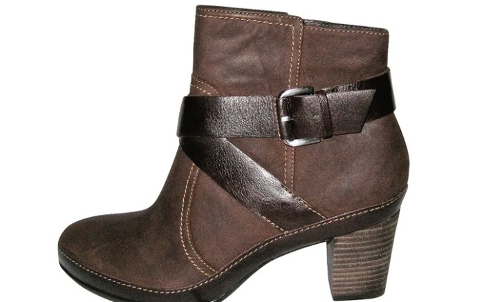 Clarks&#8217 buckle-strap boot on stacked heel
