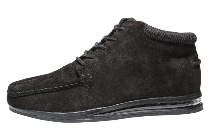 Gourmets chukka style with visible airbag outsole