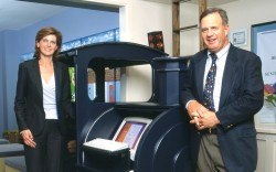 Olly founders Katherine Chapman and Thomas Stemberg with the Ollyscan