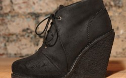 Black wedge with rough-out leather by Rag & Bone