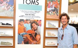 Toms, Blake Mycoskie