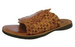 FOSSIL&#8217s vintage basketweave sandal