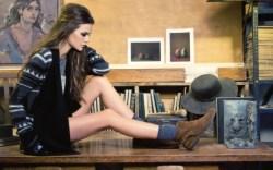 NINE WEST VINTAGE AMERICA&#8217s suede lace-less chukkas Sweater by Jack socks by Falke