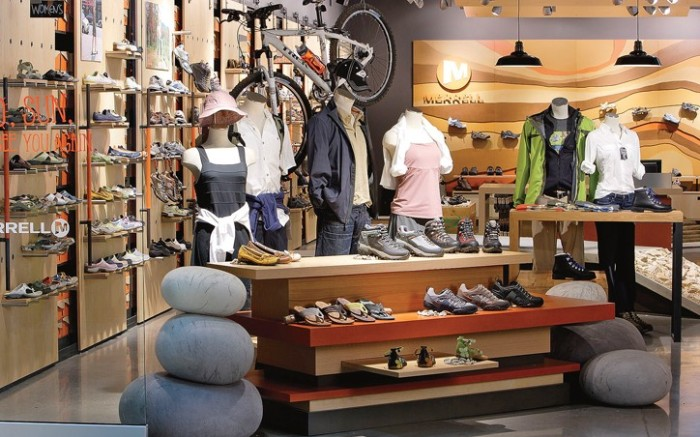 Merrell&#8217s new concept store design attempts to showcase the brand&#8217s products while encouraging customers to enjoy the outdoors