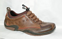 Distressed leather style with toggle closure from HUSH PUPPIES BODY SHOE