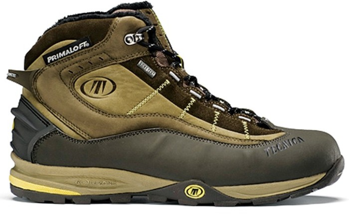 Leather boot with Gore-Tex waterproofing by TECNICA