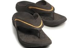 Soles leather flip flops
