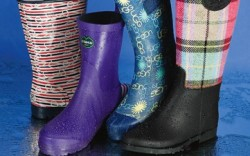 SPERRY TOP-SIDER&#8217s striped nautical boot LE CHAMEAU&#8217s low-cut electric purple style UGG&#8217s cap-toe boot with logo print CHOOKA&#8217s black boot with rainbow plaid shaft