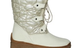 FSNY&#8217s crepe-bottom boot with ghillie lacing