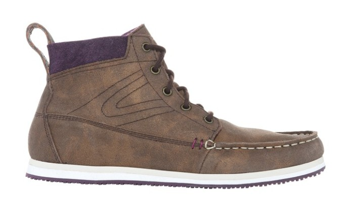 TRETORN&#8217s bronze suede mid-top with purple accents
