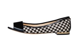 Vince Camuto Signature houndstooth