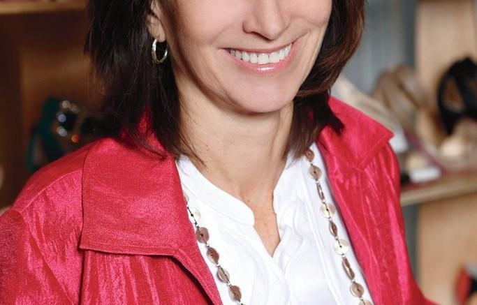 Dr Joan Oloff