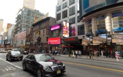Skechers new outdoor LED video displays in New Yorks Times Square