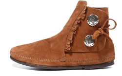 Minnetonka Moccasin&#8217s button boot with fringe