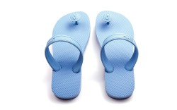 FN Footwear Footwear News Gurus