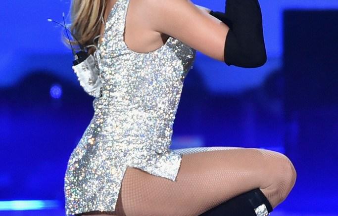 Jennifer Lopez at Fashion Rocks 2014