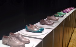 1220pm Fratelli Rossettis presentation is held at Palazzo Visconti the former residence of the filmmaker himself Its grandeur juxtaposes nicely with springs hand-dyed and stencilled oxfords Chat with the three Rossetti brothers – Dario Diego and