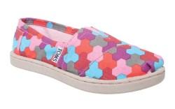 FN Footwear Footwear News Toms