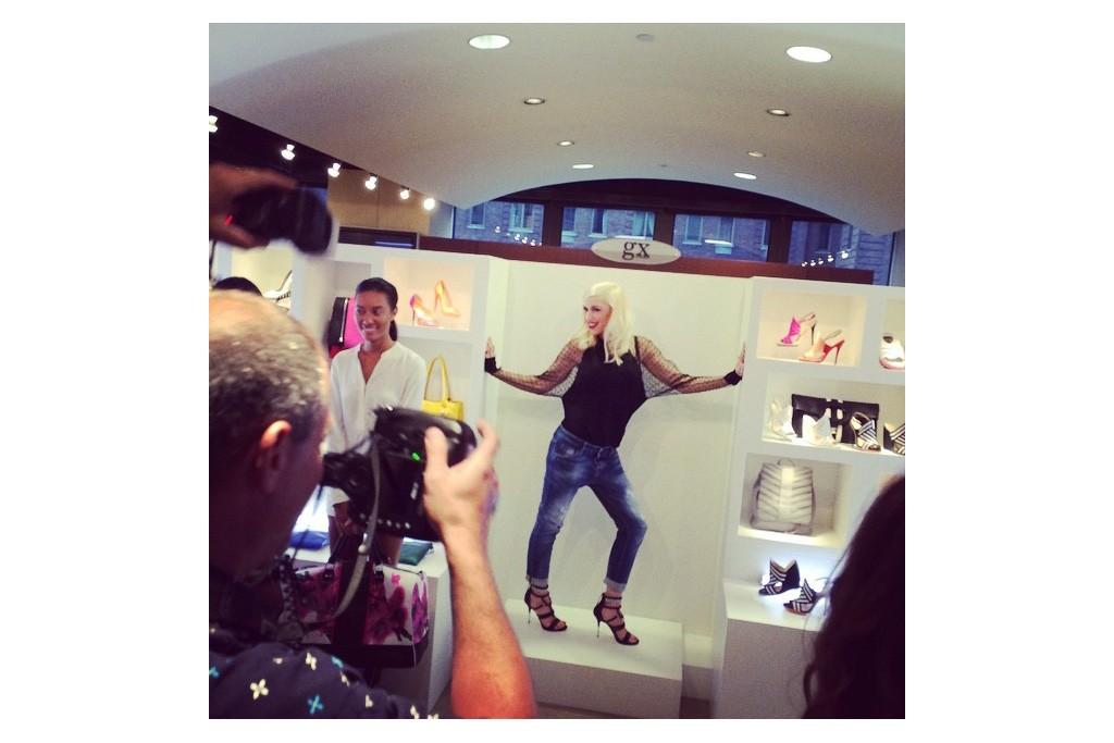 @gwenstefani: Thank u NYC #gx #fashion gx