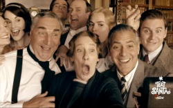 Downton Abbey cast selfie with George Clooney