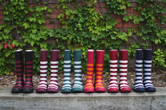 Lillybee University rain boots