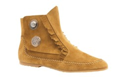 Suede boot with stitch detailing by Giuseppe Zanotti.