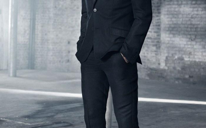 David-Beckham-Modern-suit_960x1440