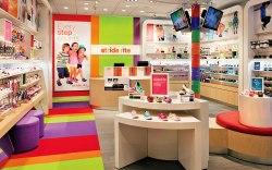 High-Tech Stores 2015