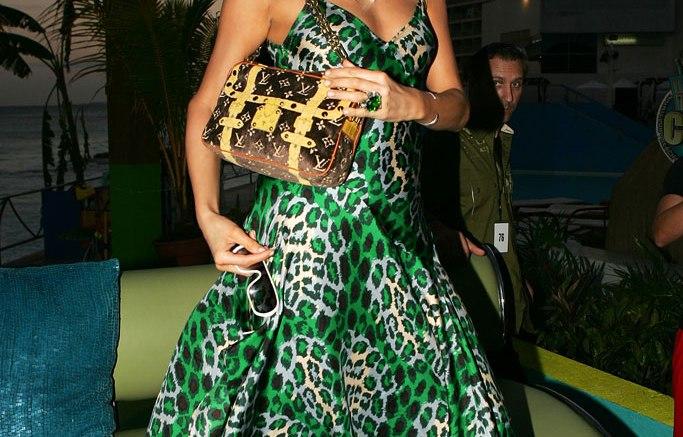 2005: Paris Hilton