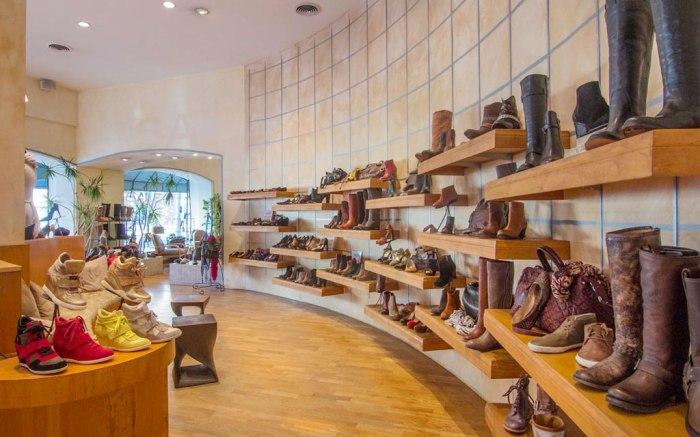 Davids' Shoes