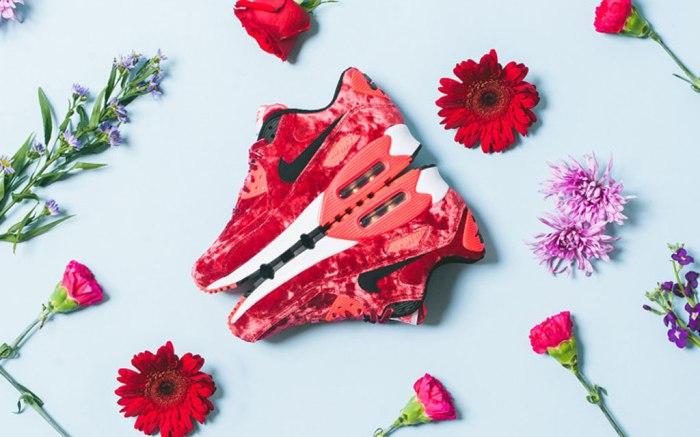 Nike women's Air Max 90 Red Velvet