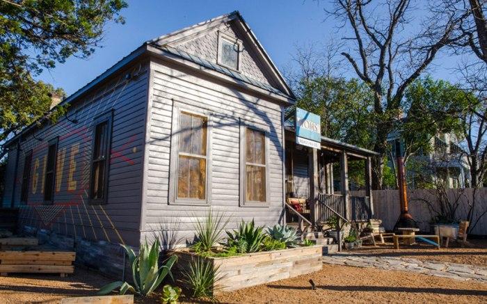 Toms, Austin Texas, Retail Real Estate