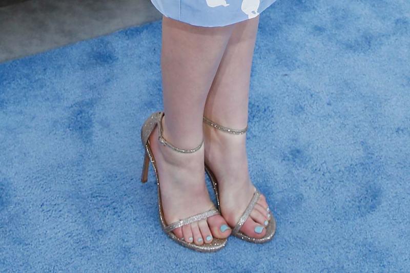 Willow Shields Feet