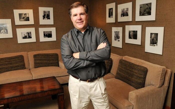 CEO Robert Dennis