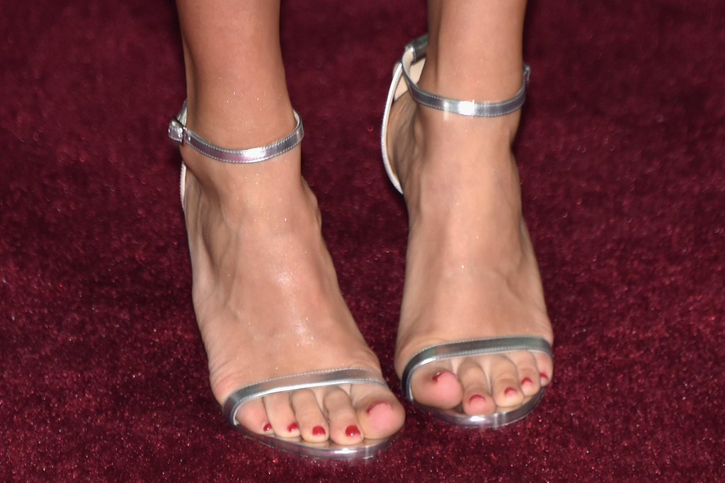 Carrie Underwood Jimmy Choo CMT Awards