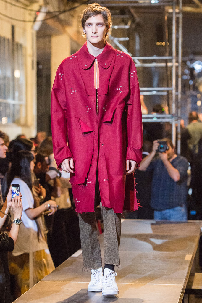 raf-simons-spring-2016-collection-paris-6