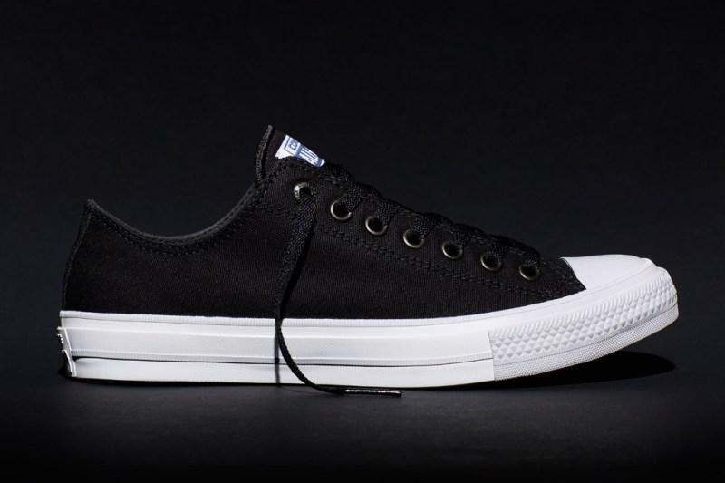 adyacente Mensurable amenazar  PHOTOS] Converse Chuck II: The New Chuck Taylor All Star – Footwear News