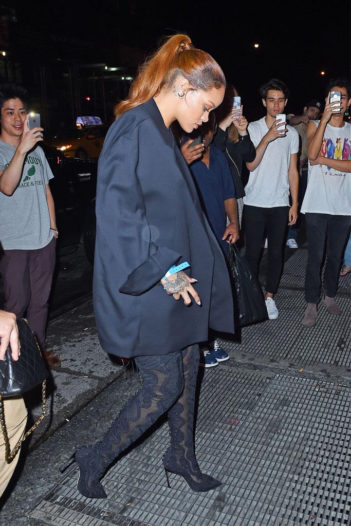 Rihanna in Sergio Rossi