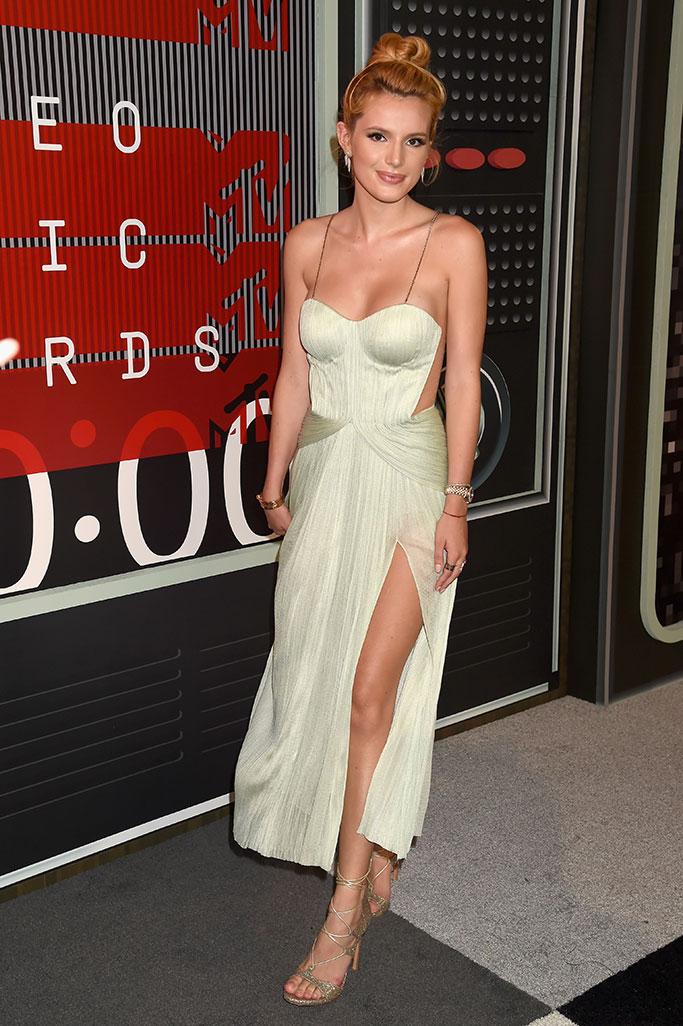 Bella Thorne MTV Video Music Awards 2015