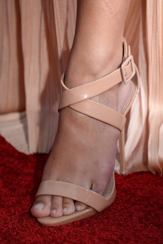 Emily Ratajkowski Shoes
