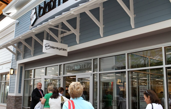 Bloomingdale's Outlet Store