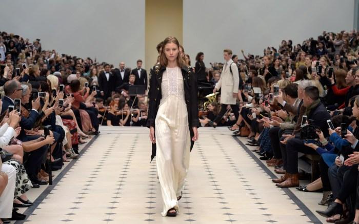 Burberry Prorsum Spring 2016 New York Fashion Week